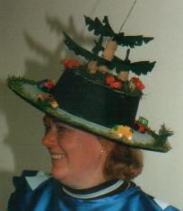 """die Hüte zeigen den Kreisverkehr mit """"Bepflanzung""""."""
